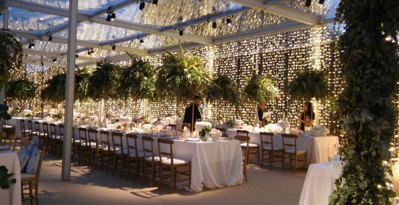Matrimonio In Tensostruttura : Noleggio coperture matrimoni toscana arca strutture